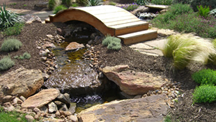 HOMEFIELD Water Features
